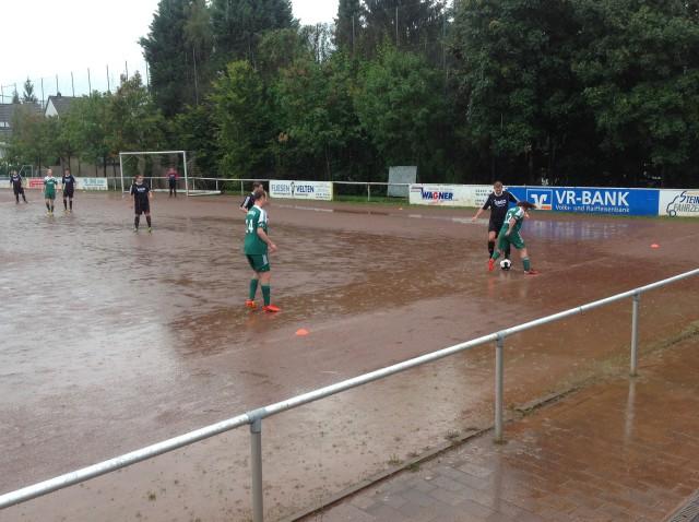 Wasserschlacht in Heimbach